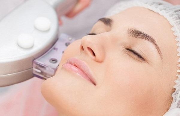 Cách triệt ria mép bằng kem đánh răng an toàn hiệu quả